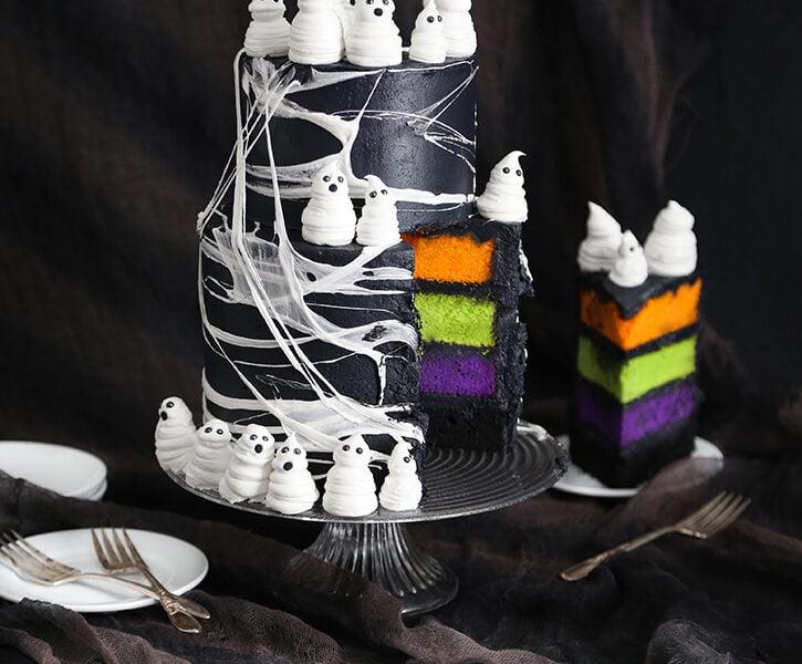 Marshmallow Web Ghost Cake