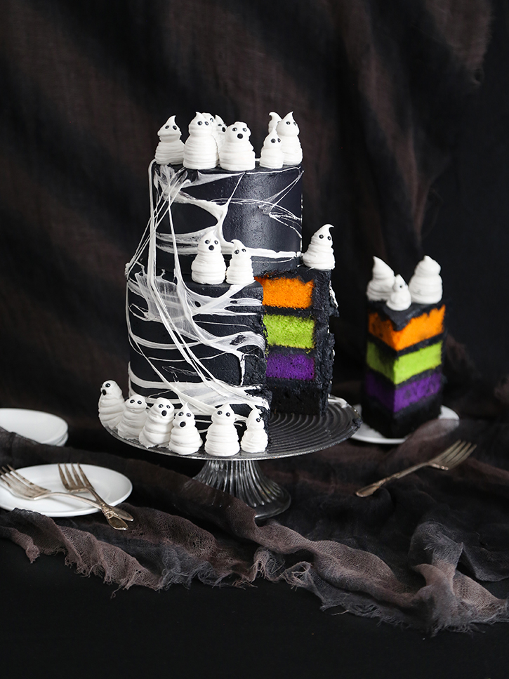 Marshmallow Web Ghost Cake