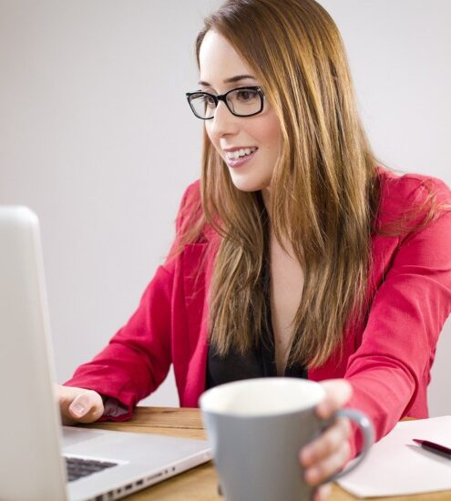 ways to keep your website visitors happy