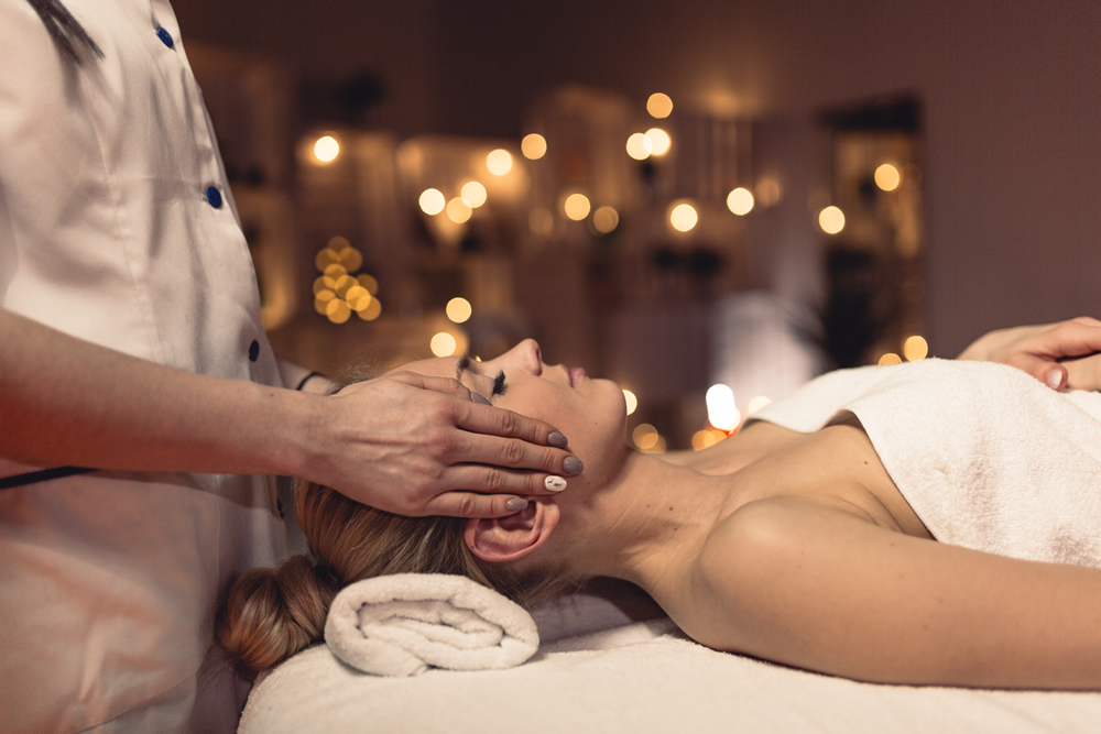 How a Spa Visit Can Help You In More Ways Than One